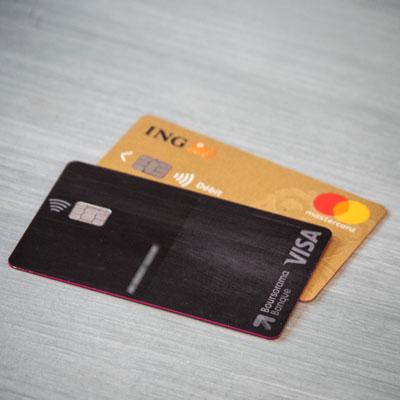 ULTIM de Boursorama Banque : la meilleure carte bancaire de voyage